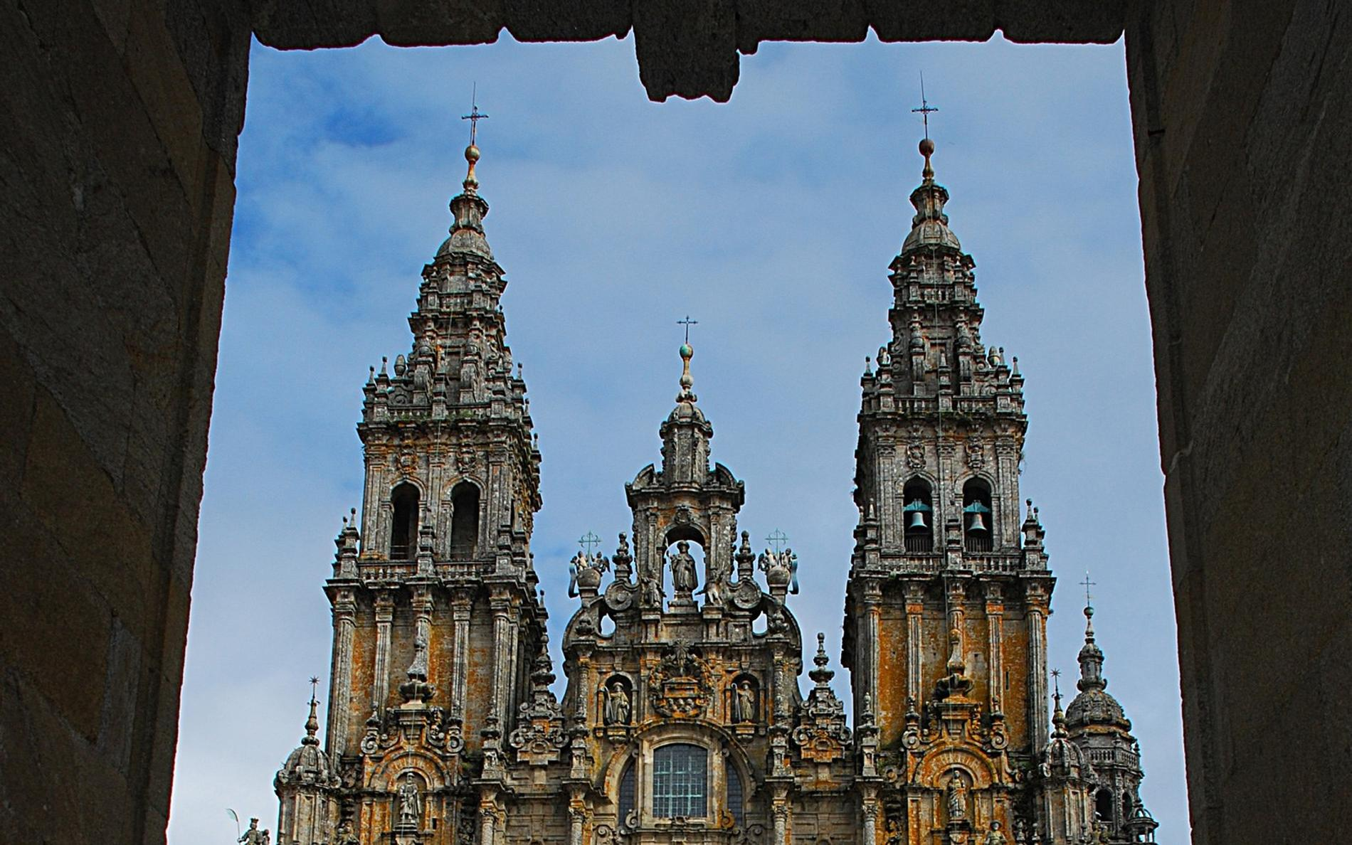 azua de compostela divorced singles dating site Donate now donate now and help preserve world heritage sites.